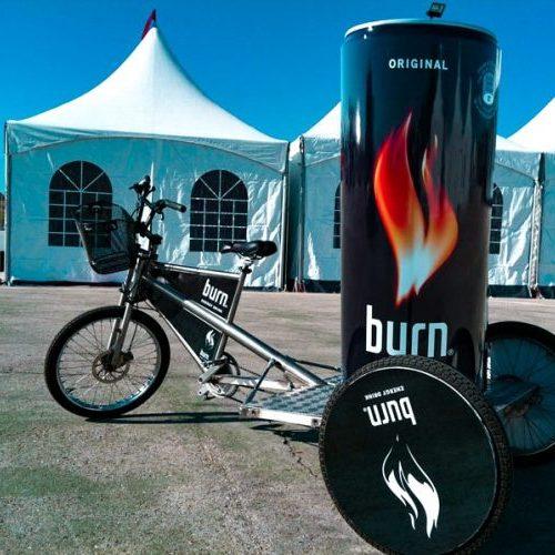 publicidad con bicicleta burn soporte triciclo
